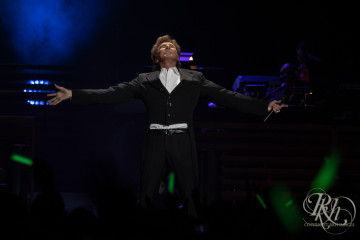 barry manilow rkh images (10 of 10)
